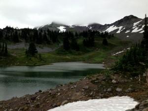 wonderland trail lake