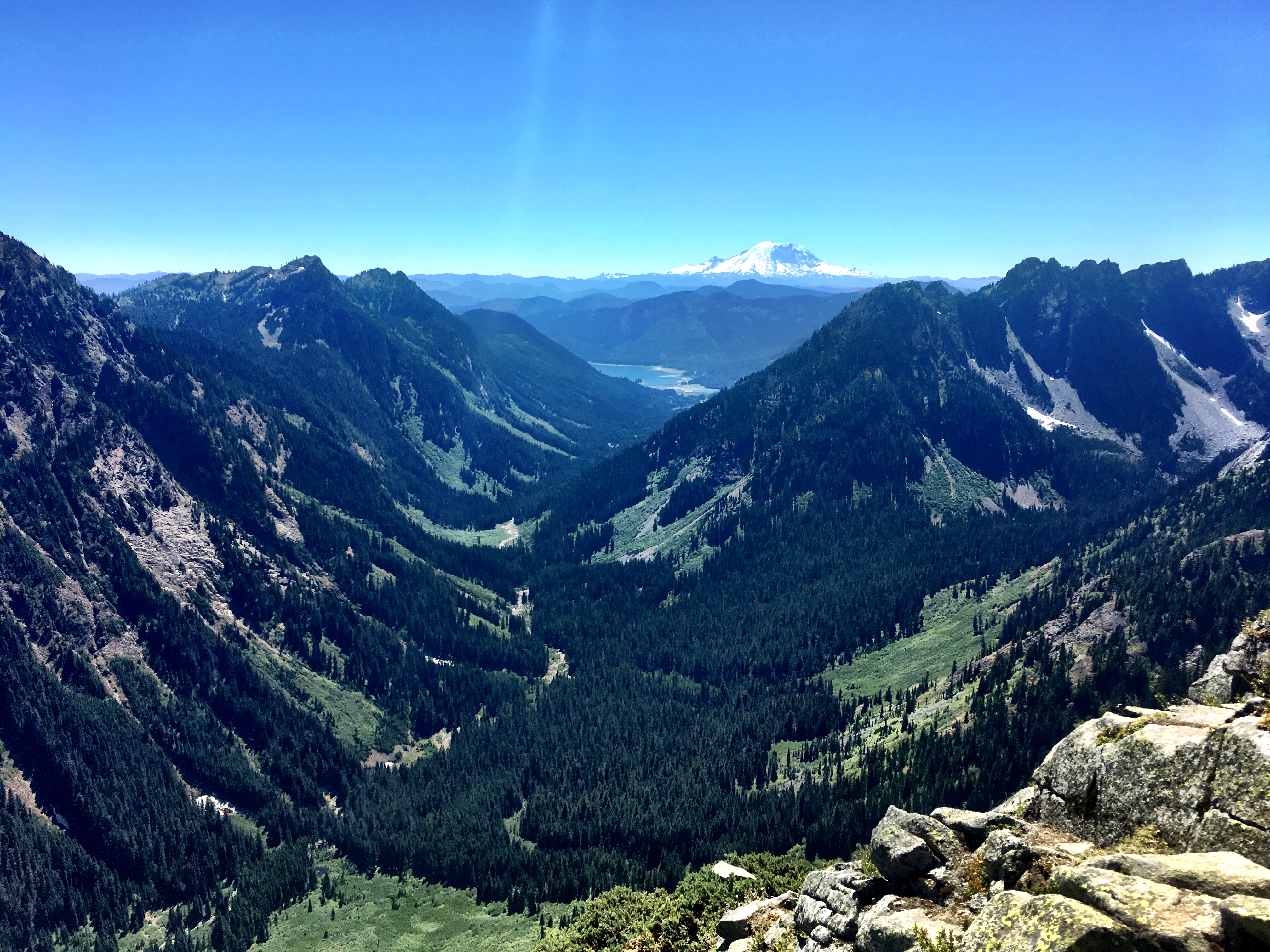 Mount Rainier Views on Stevens Pass to Snoqualmie Pass