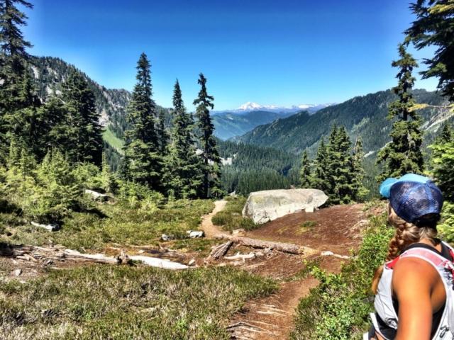 Glacier Peak on Steven Pass to Snoqualmie Pass adventure