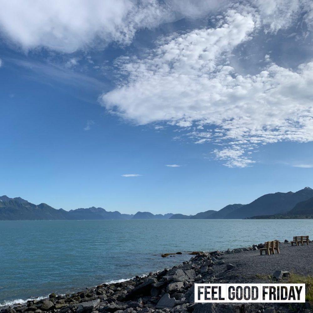 Feel Good Friday – Bob Lazar & buffalo chicken